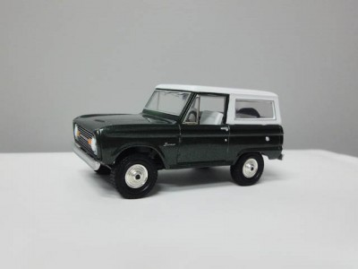 mbcollectible_1966fordbroncogreen_1