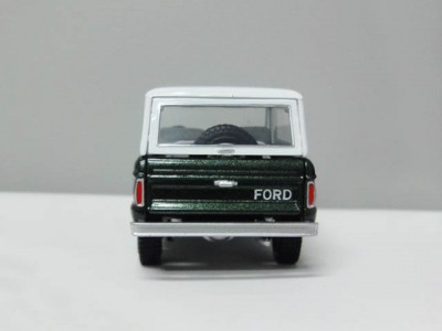 mbcollectible_1966fordbroncogreen_2